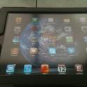 Планшетник Apple iPad 2 с кожаным чехлом в отличном состоянии