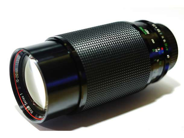 Vivitar Series 1 70-210mm. 1:2.8-4.0 VMC macro, фотография 1