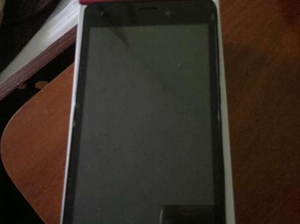 Продам телефон Prestigio MUZE A5, фотография 3