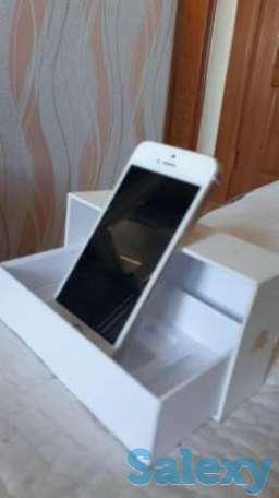 Срочно продам iPhone 5S gold, фотография 1