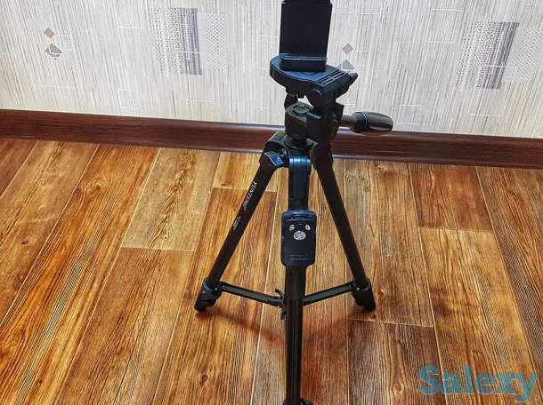 Продам штатив для камеры и телефона с кнопкой Bluetooth YUNTENG VCTсм)., фотография 2