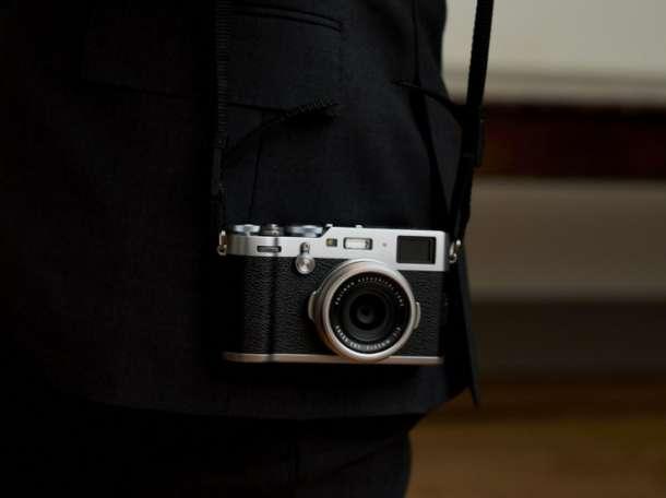 Fujifilm X100F Цифровая камера (серебро), фотография 1