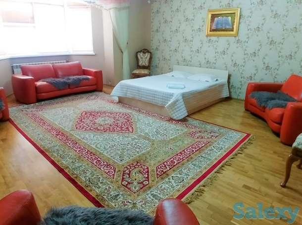 Сдаётся квартира в посуточную аренду, 13 микрорайон, фотография 1