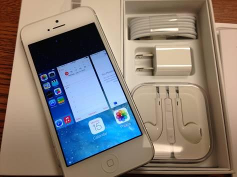 Особенности Яблоко iPhone 5 64Gb Neverlock (белый) , фотография 2