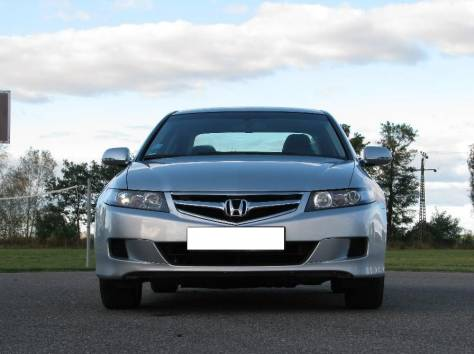 Honda Accord 2.4i, фотография 1