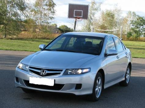 Honda Accord 2.4i, фотография 3