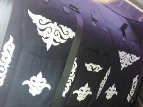чехол с казахским орнаментом, фотография 2