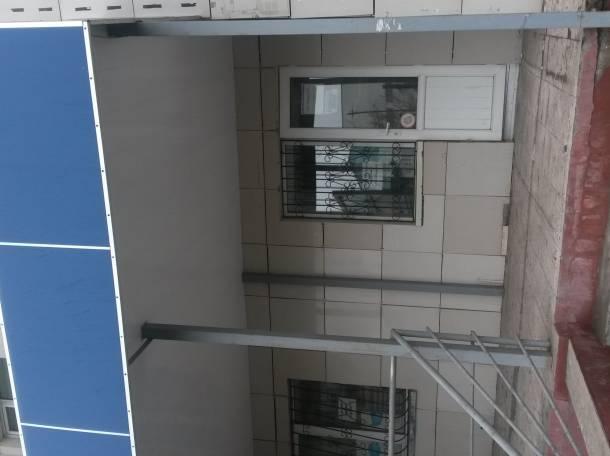 Торгово-офисное помещение в проходимом месте вдоль улицы., фотография 1