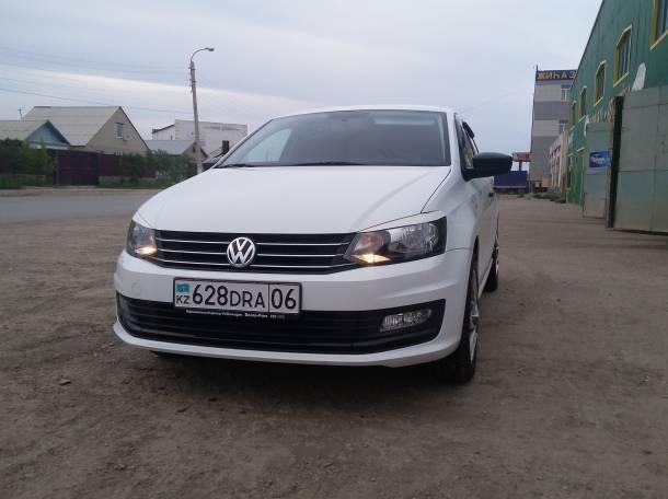 Volkswagen Polo Sedan, фотография 1