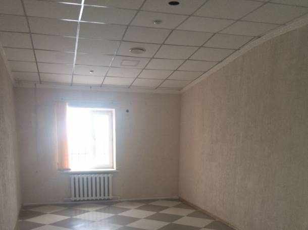 Cдам в аренду помещение в торговом ломе, пр. Абая Кунанбаева 65а, фотография 2