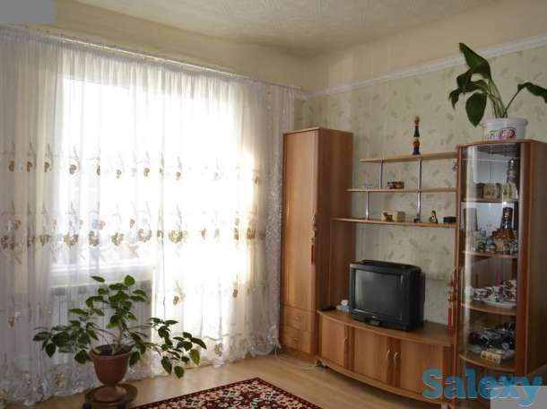 Продам  полнометражную 2х ком квартиру. Высота потолков 3,5 м, фотография 2