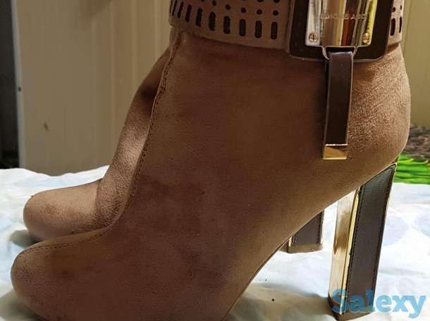 Женская обувь, фотография 3