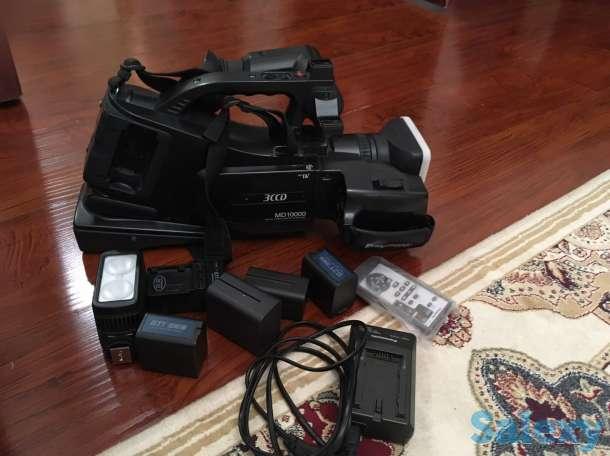 Цифровая видеокамера Panasonic NV-MD10000 + комлект, фотография 1