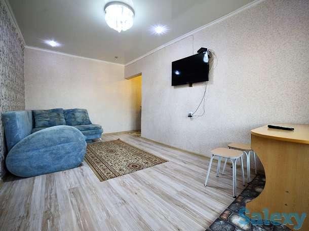 2-комнатная квартира посуточно, мкрн. Центральный, 52, фотография 1