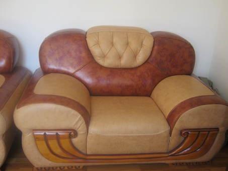 шикарный кожаный мягкий уголок диван 2 кресла новый дешево